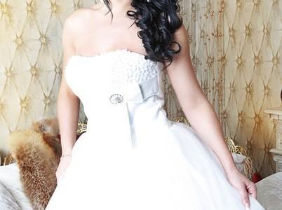 Свадебная прическа 115